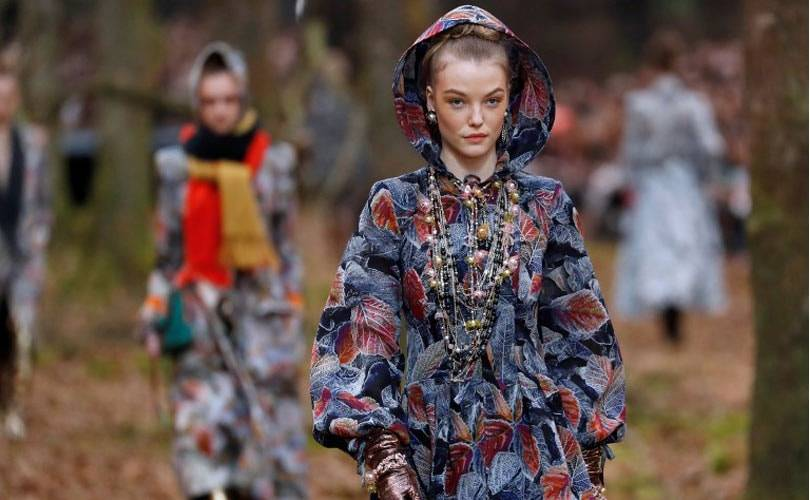 Goldener Herbst bei Chanel auf der Fashion Week Paris