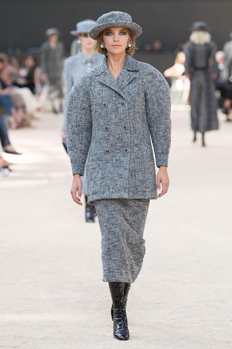 Haute couture grau sind die kleider des couture boomas for Haute kuki und die markise