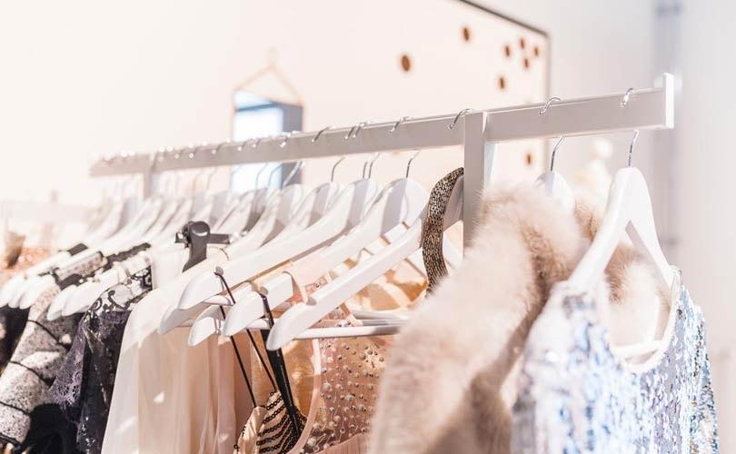 new product da8e7 566f2 Zalando verkauft auch Kleidung stationärer Händler